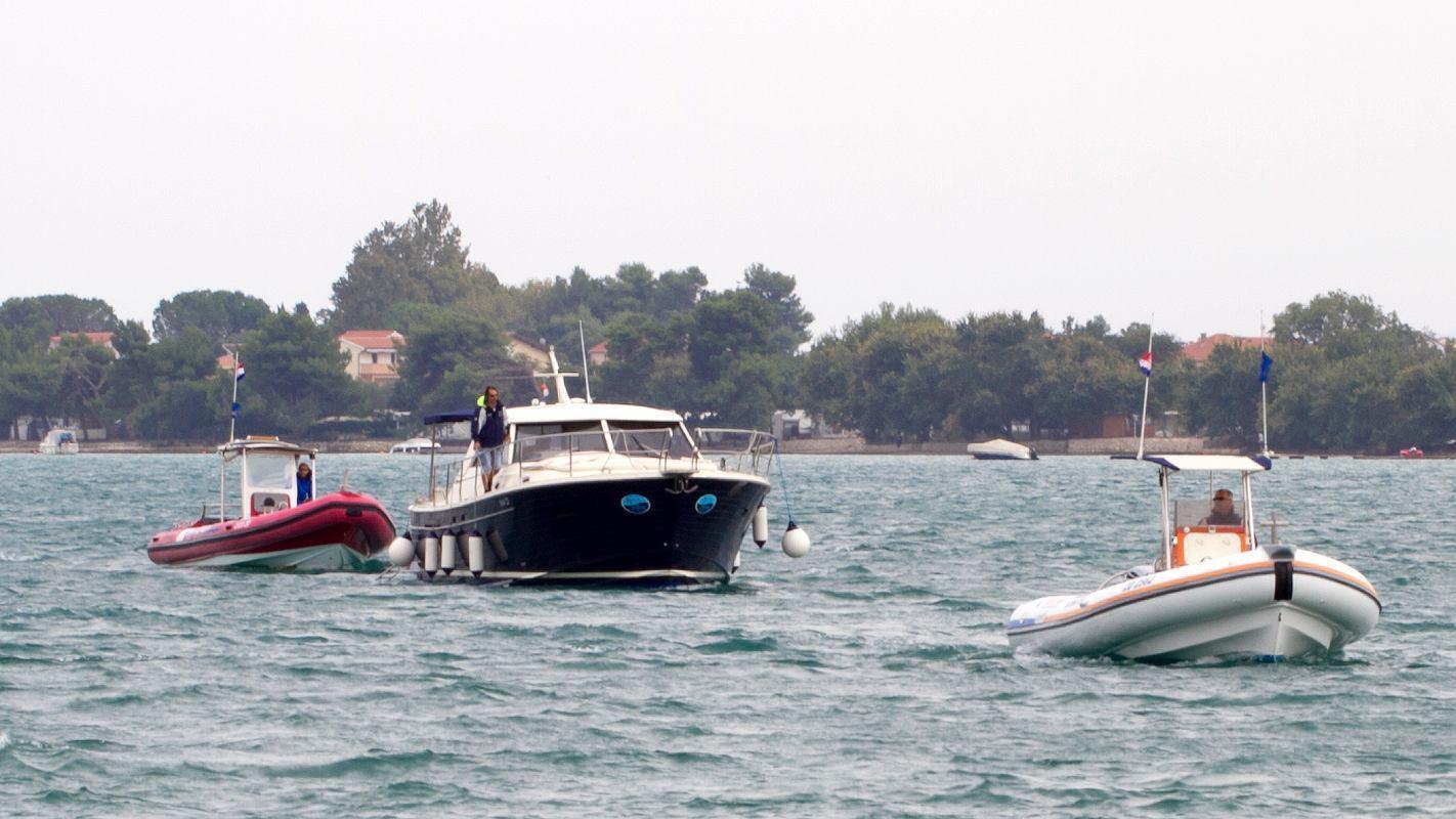 Croatian help & logistics at sea